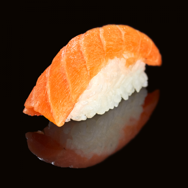 Classic sushi with salmon (1PCs)