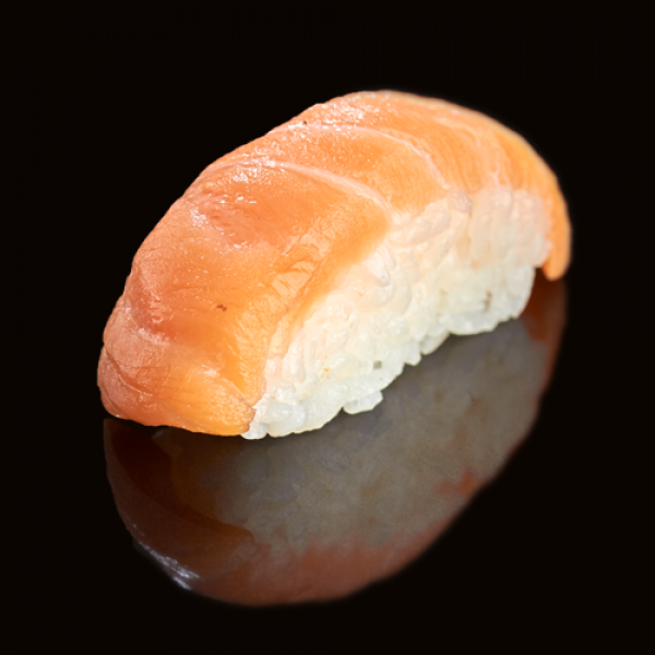 Classic sushi with smoked salmon (1 PCs)